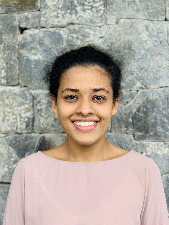 Meet SenuriJayawardena – Sri Lanka Volunteer